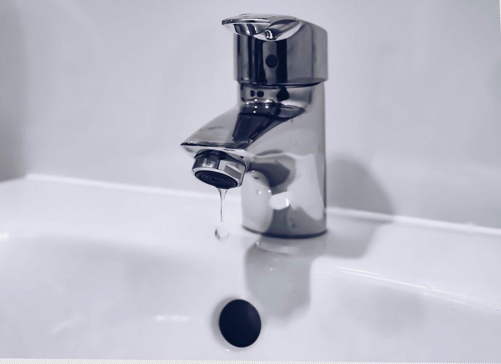 Resultado de imagem para Câmara retoma abastecimento de água